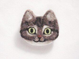 猫顔フェルトブローチ(きじとら)の画像