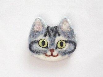 猫顔フェルトブローチ(さばとら)の画像