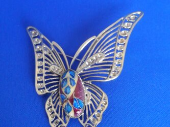 蝶 七宝ブローチの画像