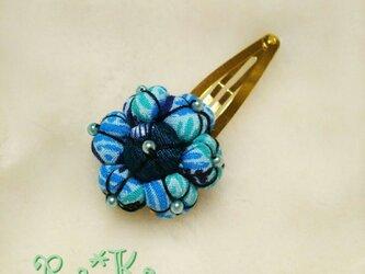 扇模様の花のヘアピンの画像