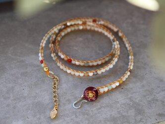 flowerラップブレスレット / 天然石:アマゾナイト・マザーオブパール・珊瑚・水晶の画像