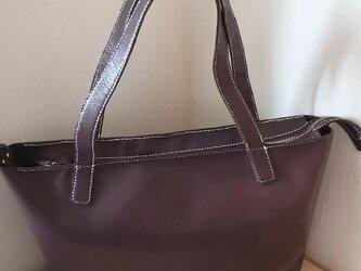 本革手縫いファスナー式トートバッグの画像