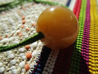 希少 橙翡翠 個性的なパワフル珠 ミャンマー翡翠 お紐仕立て 無段階調節可能ネックレスの画像