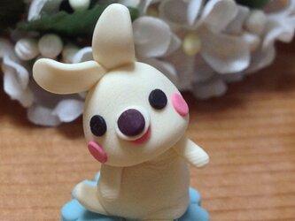ウサギのクレイ人形2番(クリーム色)の画像