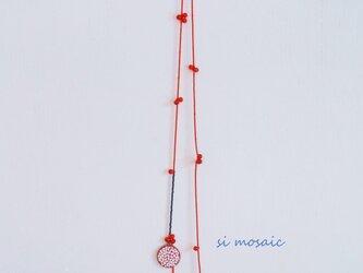 しずくとお花のモザイクネックレスの画像