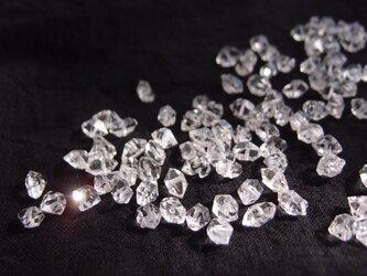 送料無料【K14gf・受注制作】ダイヤモンドクォーツのスウィングピアスの画像