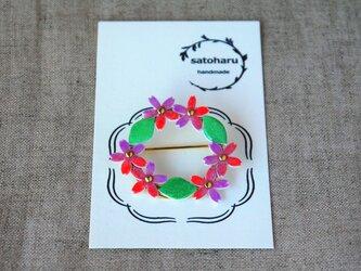 桜のブローチ・リース形の画像