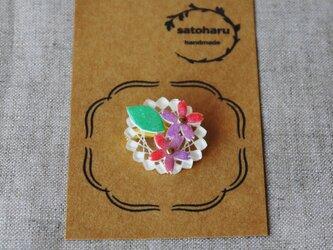 桜のブローチ・ラウンド形の画像