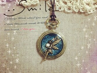 妖精と宝石の画像