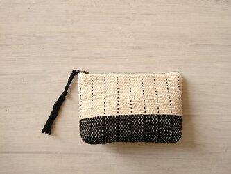 裂き織りのポーチ 「バニラ×ブラック」の画像