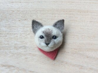 ウールの子猫ブローチ (シャム)の画像