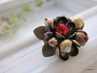 梅の花の帯留め(D)の画像