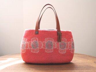 羊毛フェルトバッグ/花つなぎ ピンクの画像