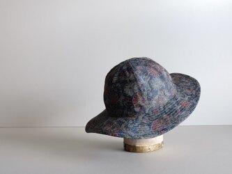 ◆ sale ◆ (残り1点)絹の帽子 - 花 - (ボタニカル柄)の画像