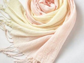 手染めのコットン*薄桜色×淡黄色*ストールの画像