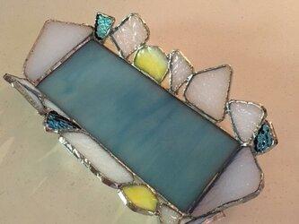 ジュエリートレイ(小物入れ)ターコイズブルー イエロー ホワイト ガラス Bay Viewの画像
