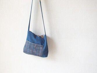 森暮らしのかばん13・藍染コラボ+モン族刺繍の画像