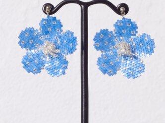 Bijoux Flower Earring ( cosmic blue )の画像