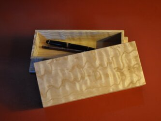 ペンケース,お線香箱の画像
