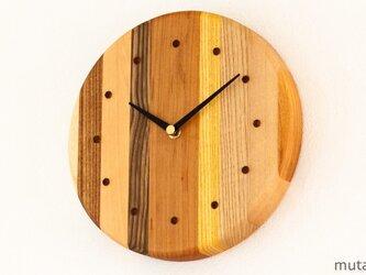 寄せ木の壁掛け時計 円形37の画像