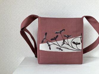 帯バッグ〜小さな葉〜の画像