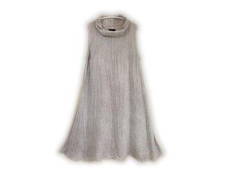 襟元ふんわりAラインノースリーブワンピ/医療用ガーゼ服の画像