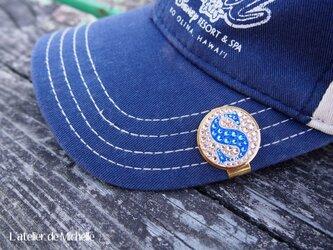 ゴルフマーカー(イニシャル・サーモンピンク&ブルー)の画像