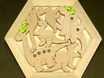 木のパズル やさしい恐竜たちの画像