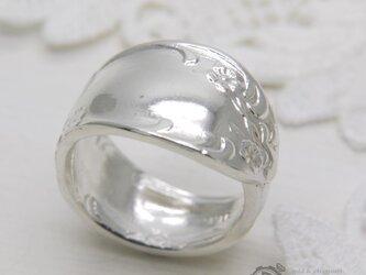 幸せを呼ぶ銀のスプーンリングの画像