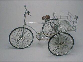 春の働く三輪・自転車/ボケ1号の画像