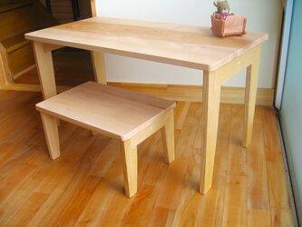 ゆったりサイズのキッズテーブルセット(テーブルと椅子)の画像