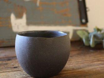 育てるウツワ 揺ら フリーカップ(地器chiki)黒 陶土の画像
