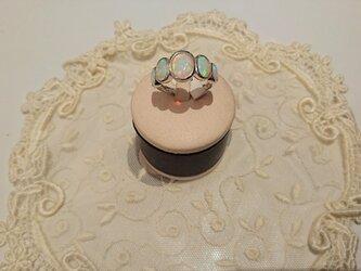 魅惑のストーン オパール リング ovalの画像