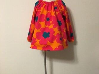 再販【幼稚園ご準備品】北欧調スモック花柄オレンジ サイズ110の画像