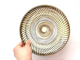 小鹿田焼(坂本拓磨) 7寸皿(飛びかんな・白)の画像