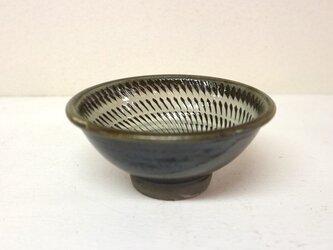 小鹿田焼(坂本拓磨) 4寸鉢(飛びかんな・白)の画像