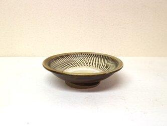 小鹿田焼(坂本拓磨) 4寸深皿(飛びかんな・白)の画像