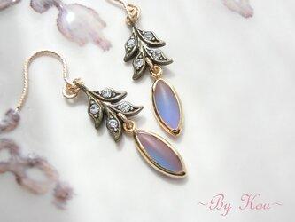 ~✿春の芽吹き✿~antique Saphiret 耳飾り**の画像