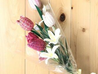 ラタン(籐)の花束の画像