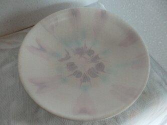 陶器 中鉢 ピンクの放射状柄の画像