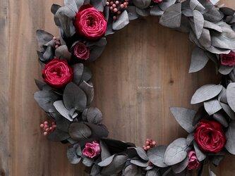 バラとユーカリのリース(プリザ)35cmの画像