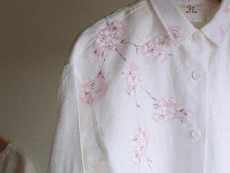 リネン・ロングシャツ 白<桜>の画像