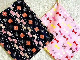 送料無料♡幼稚園小さめナフキン お花ちょうちょの画像