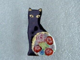 七宝 黒猫と薔薇の画像