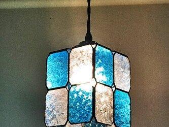送料無料【照明】ステンドグラス、ペンダントライト,市松模様の画像