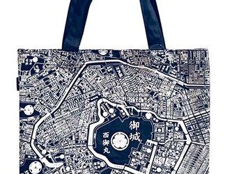 江戸東京トートマップ(片面が現在の地図柄、もう片面が幕末古地図柄)ブルーの画像