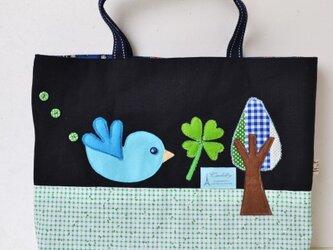★女の子用レッスンバッグ★黒デニム&グリーン小花柄の少しシックでカワイイレッスンバッグの画像