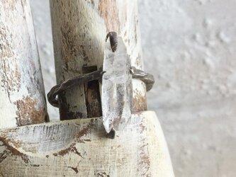 原石リング 水晶の画像