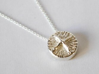 cross button necklace(sv)の画像