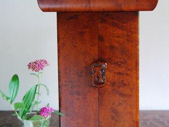 小型厨子(小型仏壇)拭きうるし塗り; 妙法の画像